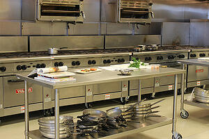 Dining-out-cloud-kitchens