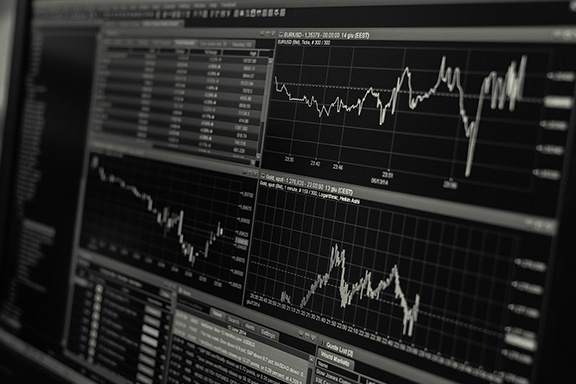 Interest-Rates-and-Cap-Rates.jpg